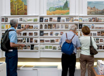 People buying gifts at the National Gallery shop