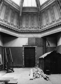 Resoration of Room 11 - Gallery at War
