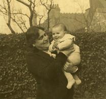 Myra Hess with her niece Libbie